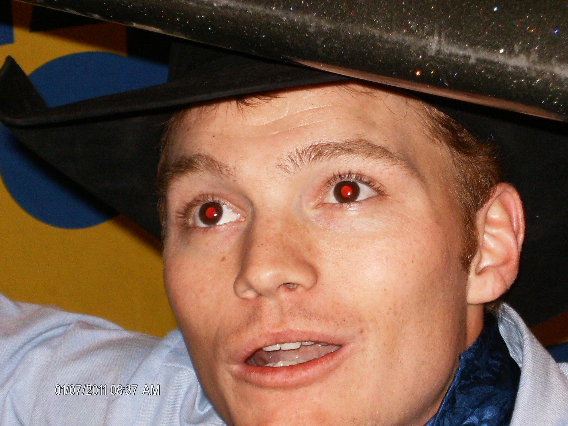 Фото детей эффект красных глаз